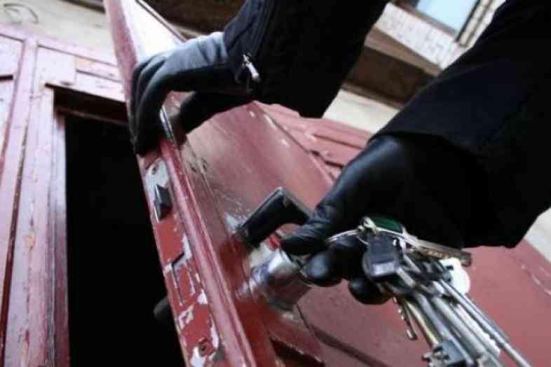 В Нижегородской области преступник украл строительную бытовку
